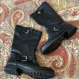 Guess Black Boot 7 1/2 M